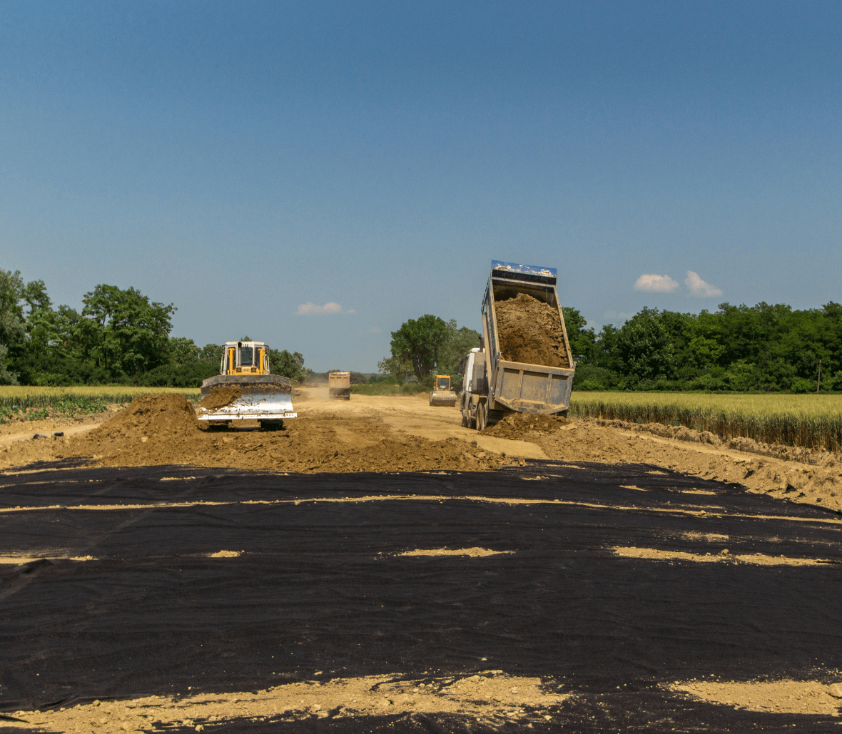 EnkaDrain Earthwork drain installation Copyrights Low & Bonar_Enka Solutions