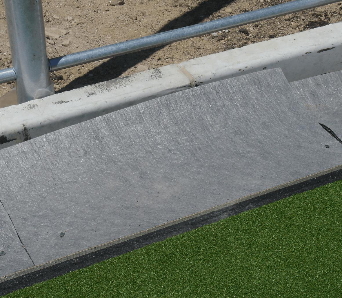 EnkaFlex_shockpad & drainage system for sportsfields_copyrights Low & Bonar_Enka Solutions (9)